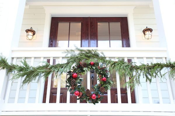 Hliday Cedar Garland Decor