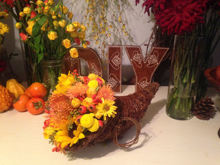 DIY Cornucopia For DIY Fall Centerpieces